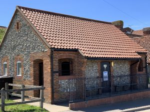 Carnser Toilet Block, Blakeney