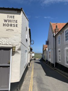 The White Horse in the High Street